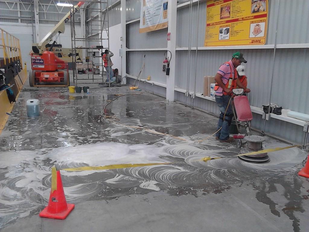 productos para limpieza de pisos industriales medidas de